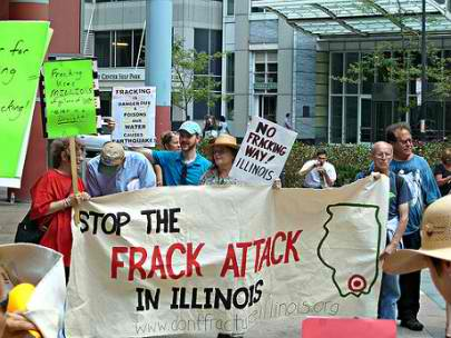 fracking-protest-illinois-405x304 (1)